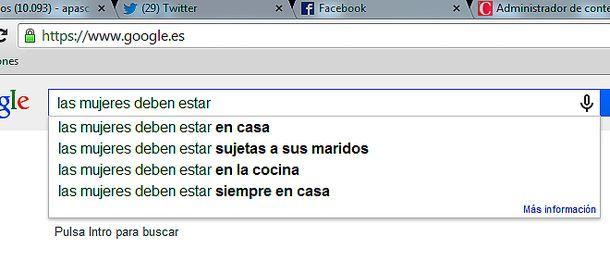 Foto: La mujer, en casa: Cuando Google muestra su lado 'evil' al completar la frase