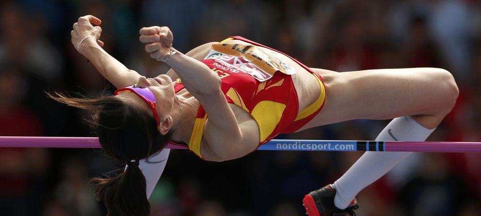 Foto: Beitia, durante un salto en Zúrich (Reuters).
