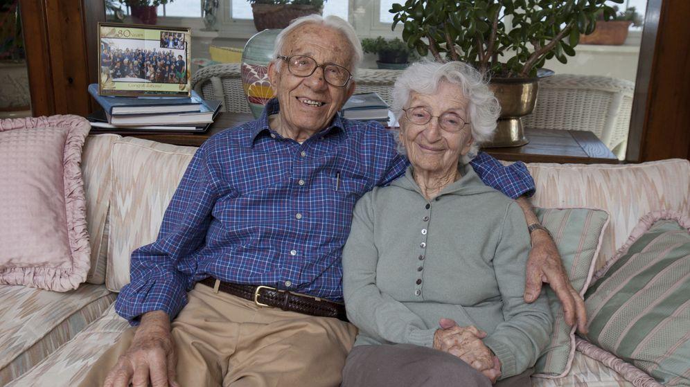 Foto: John y Ann Betar, la pareja más longeva de Reino Unido. (Reuters)