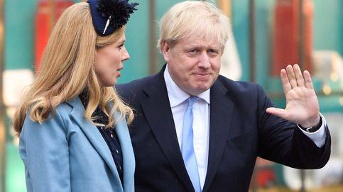 Boris Johnson y Carrie Symonds, padres de un niño, tras sus semanas más difíciles