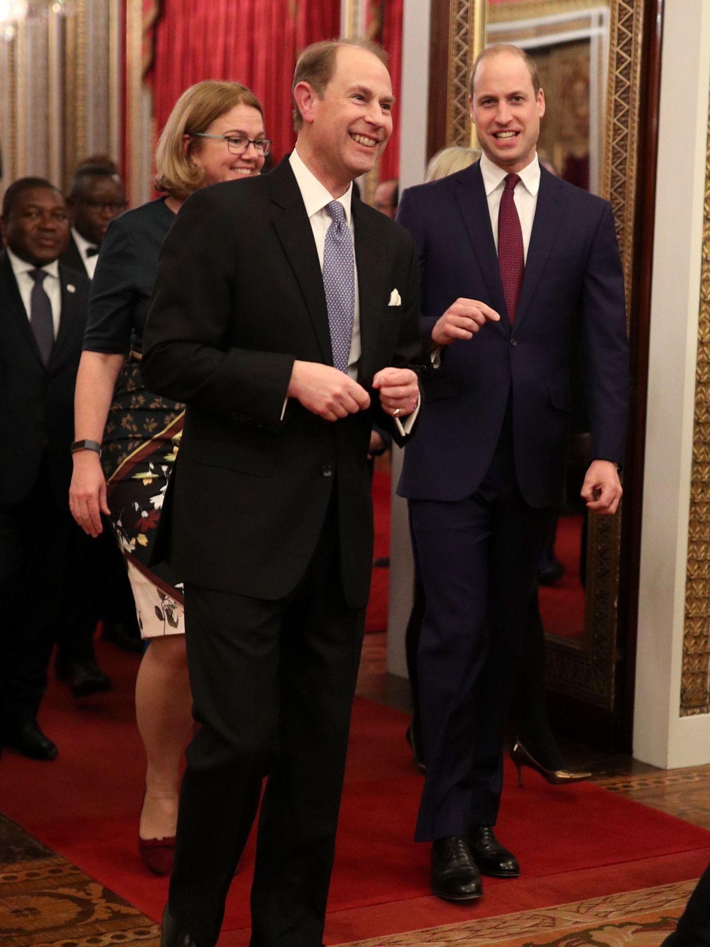 El príncipe Guillermo y el príncipe Eduardo. (Reuters)