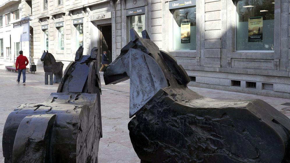Foto: Oficina central de Liberbank en Oviedo. (EFE)