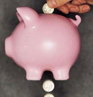 Foto: Cuáles son las comisiones más habituales que aplican los bancos y cómo se pueden evitar