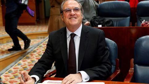 El PSOE aprieta el paso y presenta ya la moción de censura contra Cifuentes