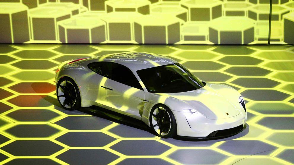 Porsche arrasa en el desfile de Fráncfort con un revolucionario superdeportivo eléctrico