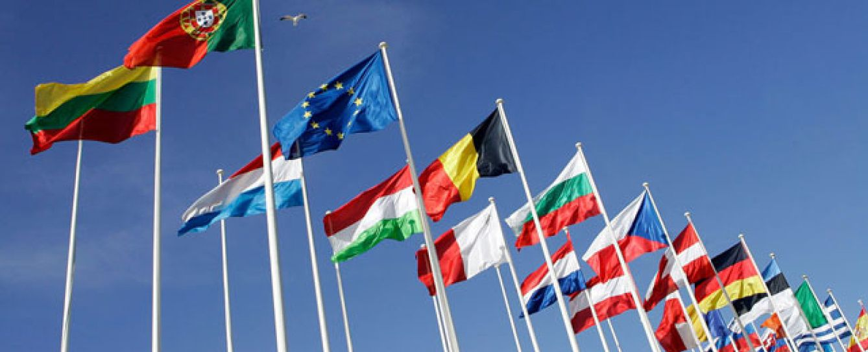 La Unión Europea obliga a las operadoras desde hoy a bajar el precio del 'roaming'