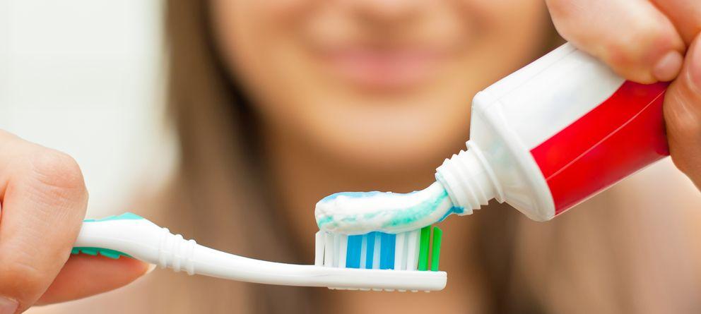 Resultado de imagen de lavarse los dientes