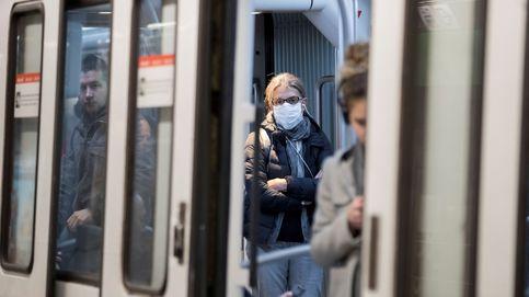 Un incendio en el metro de Barcelona deja sin servicio parte de la línea 3