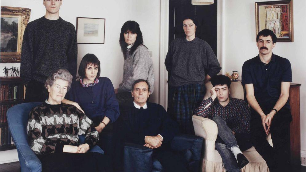 Foto: 'The Smith family, Fife, Scotland', Thomas Struth, 1989.