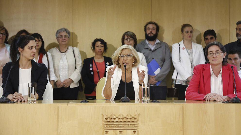 Carmena se enroca entre la Gerencia y  la 'superconcejalía' de su mano derecha