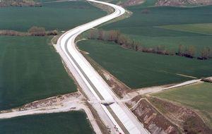 OHL y Agbar se adjudican la ampliación del Canal de Navarra