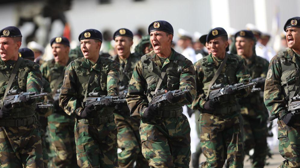 Foto: Soldados participan en un acto militar el pasado mes de enero. (EFE)