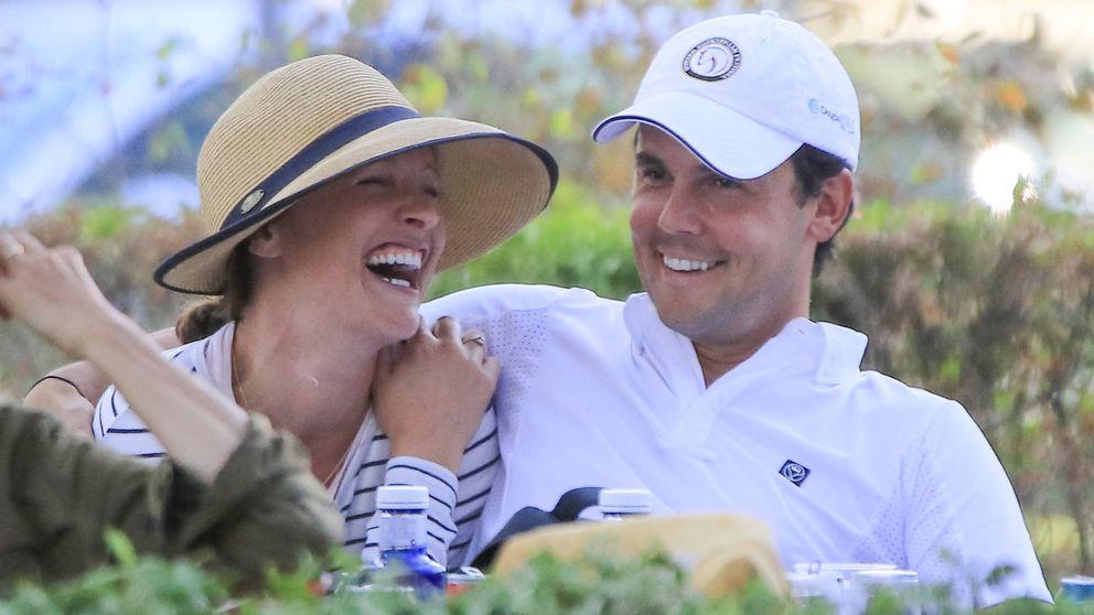 Besos y arrumacos, las fotos que confirman el nuevo romance de Sergio Álvarez