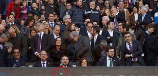Post de El escudo del Real Madrid que lleva ¿más de dos meses? en el marcador del Camp Nou