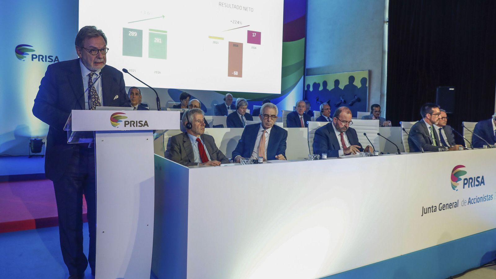Foto: El presidente de Prisa, Juan Luis Cebrián, durante su intervención en la junta general de accionistas de la empresa en Madrid. (EFE)