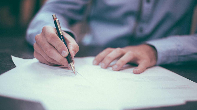 ¿Cómo afecta la retribución de un bonus en los seguros sociales y el IRPF?