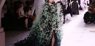 Post de La alta costura de Givenchy con Kaia Gerber está repleta de vestidos espectaculares