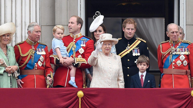 Camilla junto a la familia Real británica en una imagen de archivo. (EFE)