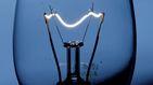 La CNMC multa a Naturgy y Endesa con más de 25 M por alterar los precios de la luz