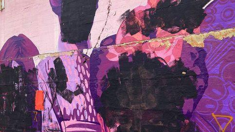El mural feminista de Ciudad Lineal amanece vandalizado y la sede de Podemos, con pintadas