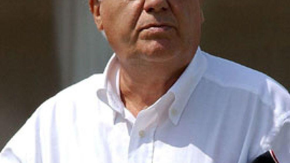 Amancio Ortega entrega 20 millones a Cáritas para las personas necesitadas en España