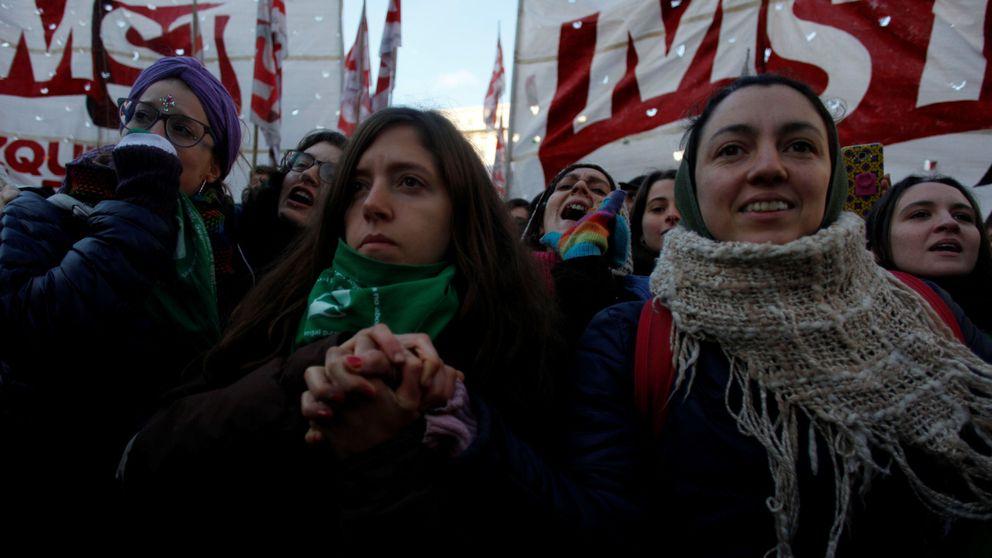 Argentina debate un derecho que no es humano