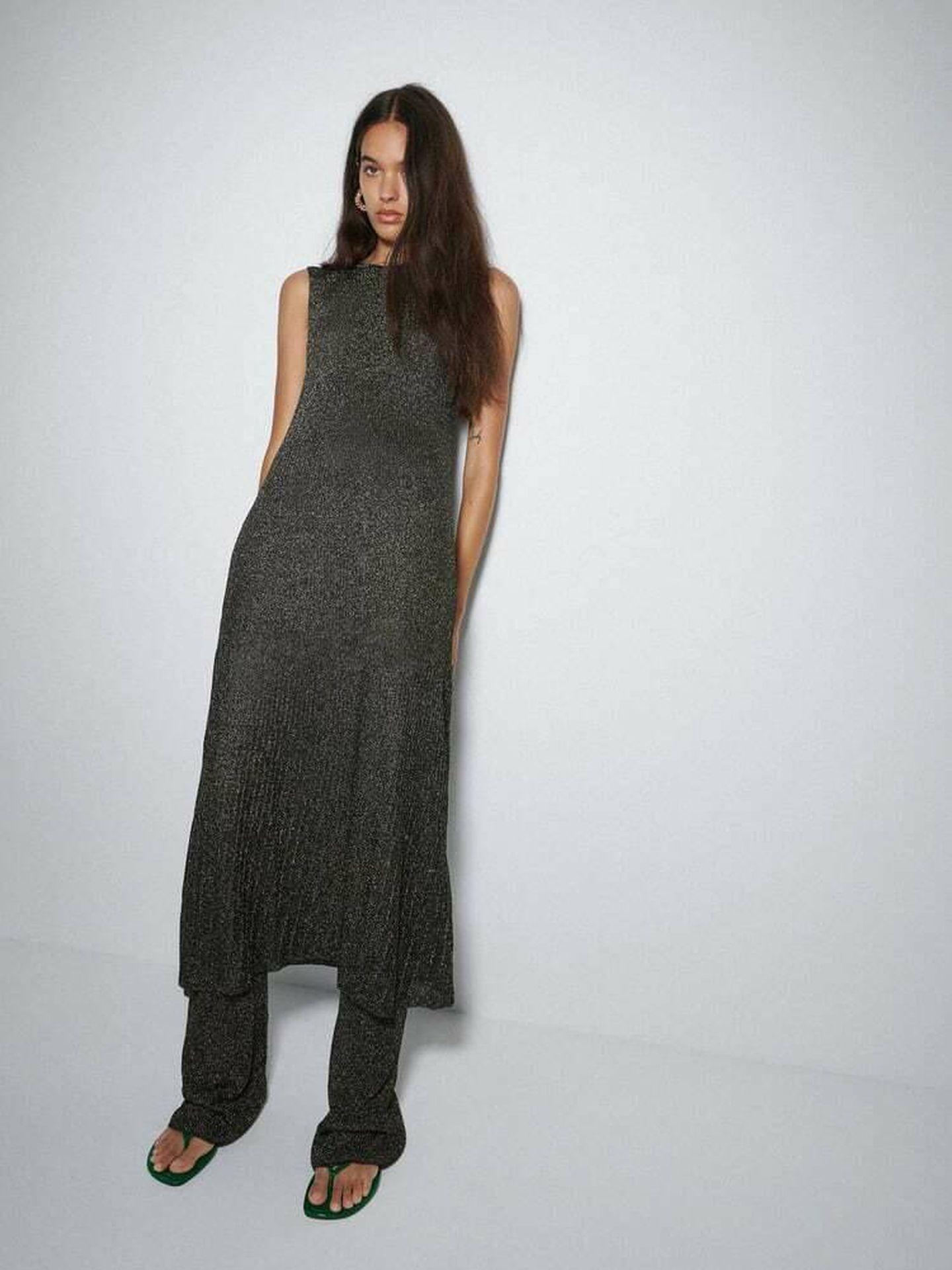 El vestido de punto de Zara. (Cortesía)
