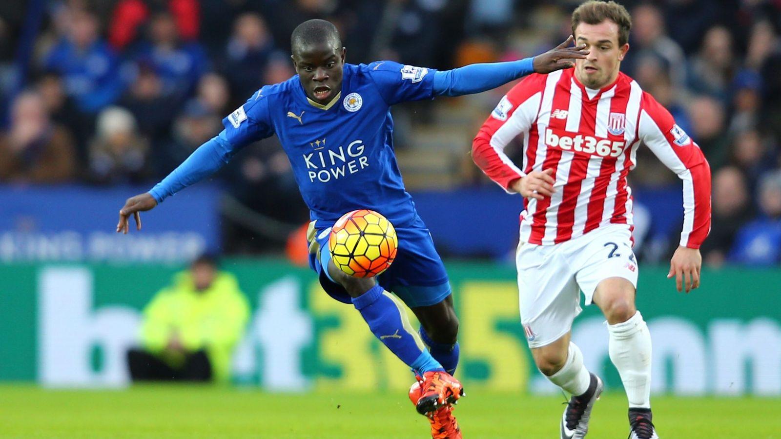 Foto: Kanté, durante un partido con el Leicester (Reuters)