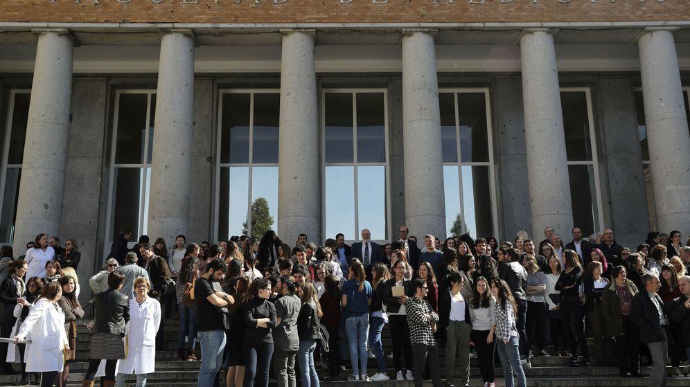 Foto: Estudiantes conmemoran dia internacional mujer