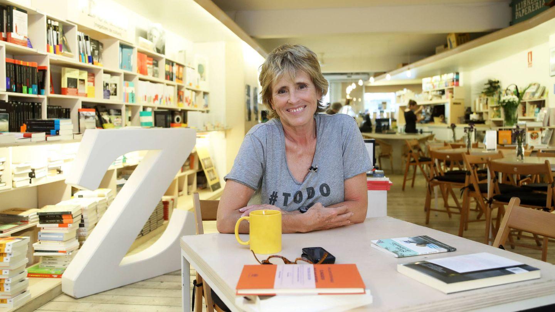 Mercedes Milá en la librería barcelonesa +Bernat, de la que es copropietaria.