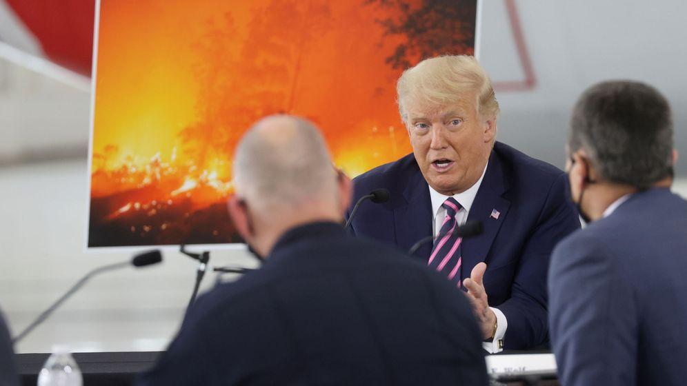 Foto: Trump, durante durante un acto sobre los incendios en California. (Reuters)