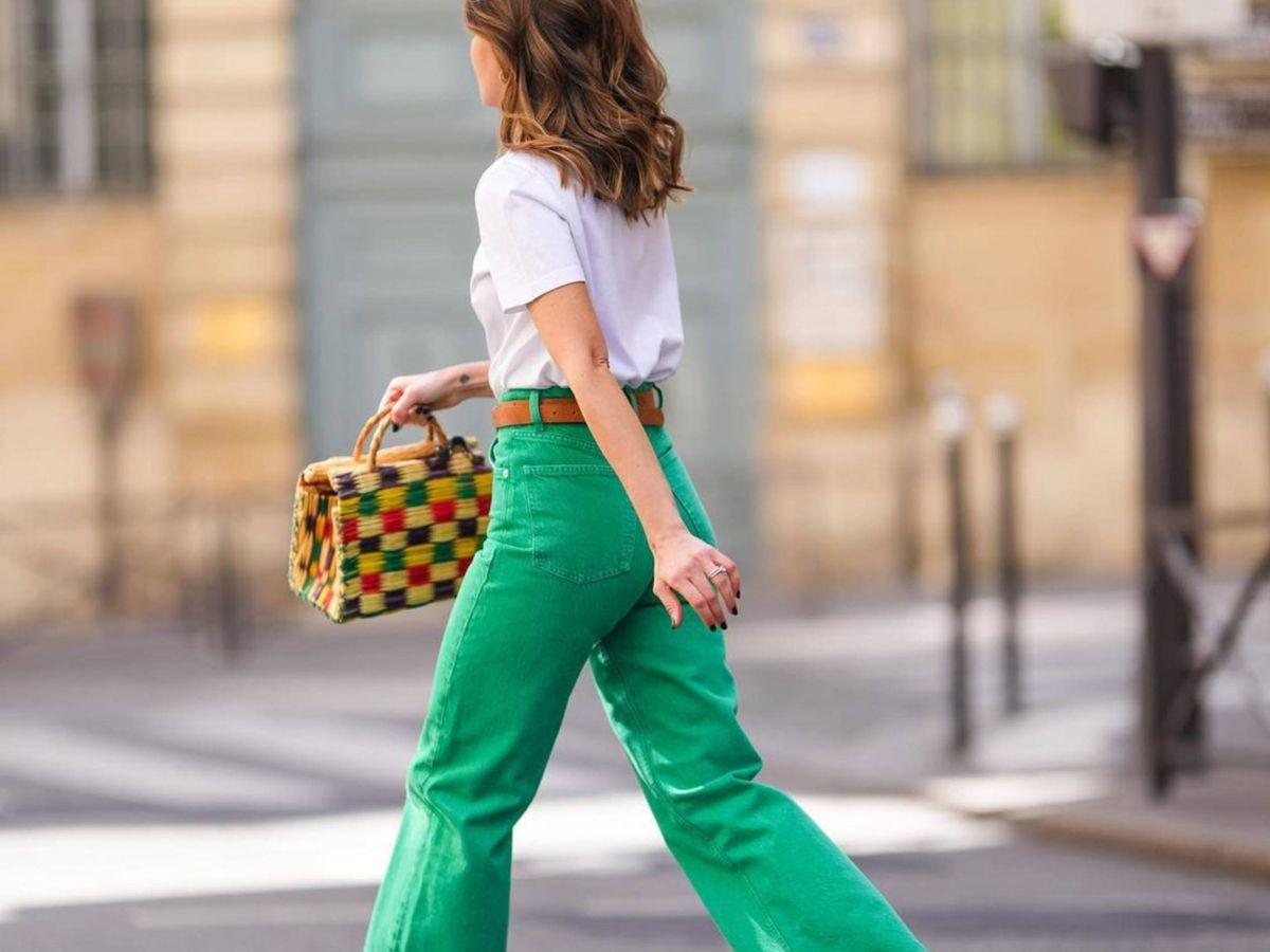 Foto: La influencer española Alexandra Pereira con unos jeans verdes. (Instagram @alexandrapereira)