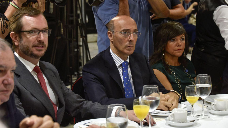 El delegado del Gobierno vasco, pillado de compras en un 'top manta'