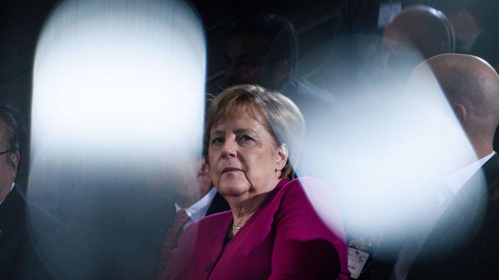 Foto: Incertidumbre tras el anuncio de que Merkel renuncia a seguir llevando las riendas de la CDU. (EFE)