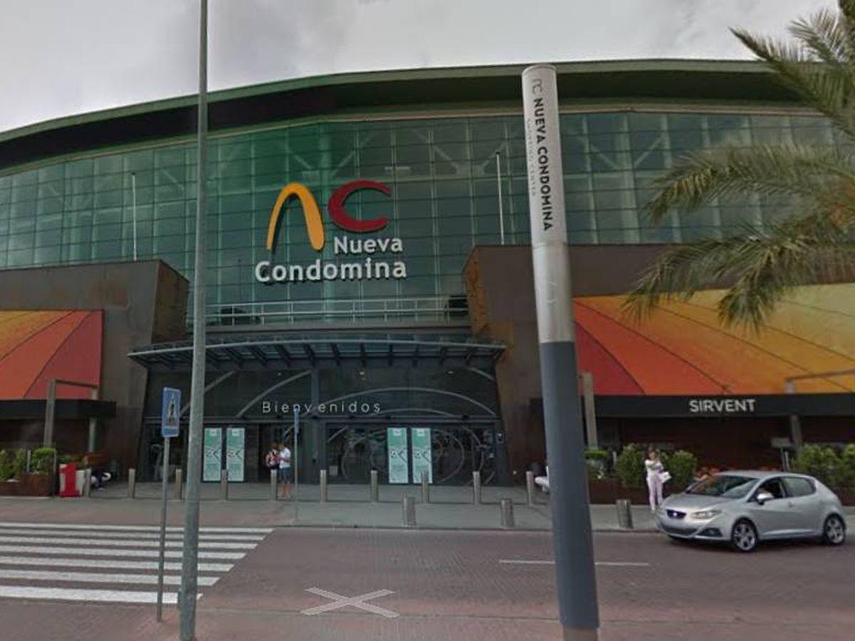 Vista del centro comercial Nueva Condomina de Murcia, donde se ha producido el atraco. (Google Maps)