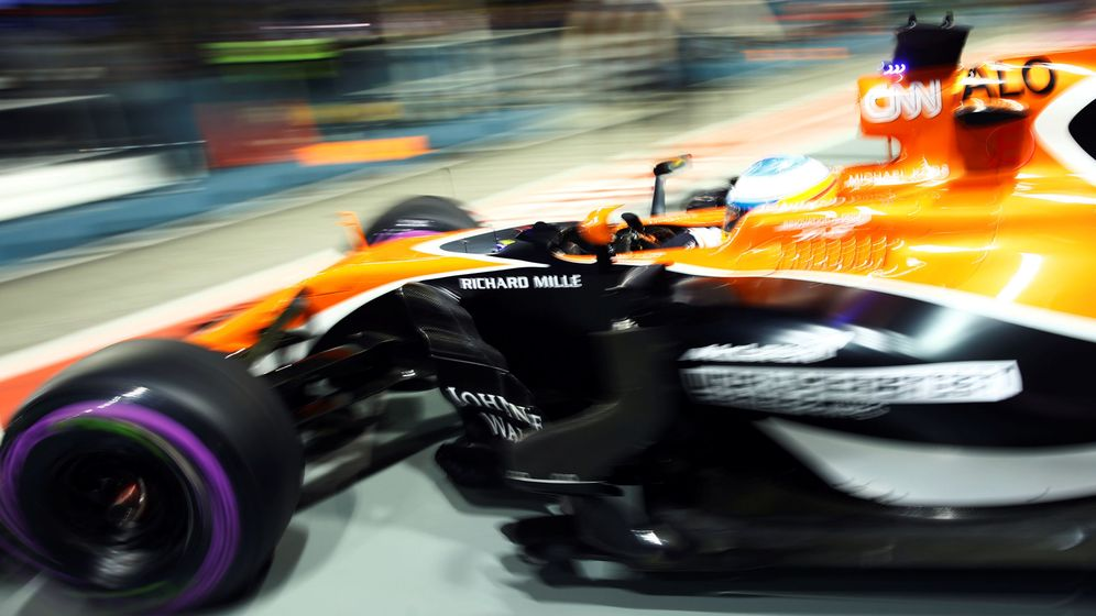 Foto: Fernando Alonso durante los entrenamientos libres del GP de Singapur. (Reuters)