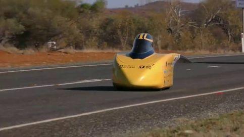 Los vehículos solares más espectaculares recorren el desierto australiano