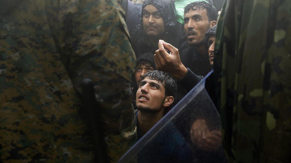 """""""Debes parecer una más. Ponte un velo"""". Golpes y asfixia en Macedonia"""