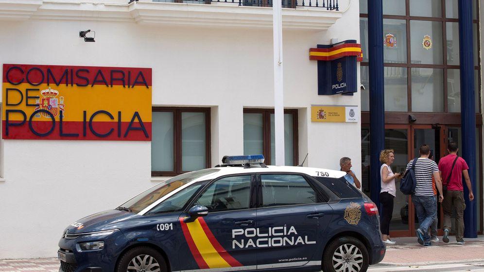 Foto: Imagne de archivo de un vehículo de la Policía Nacional (EFE)
