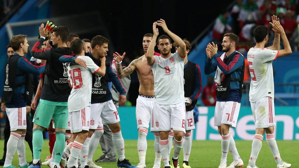 Foto: Los jugadores españoles celebran la victoria ante Irán | Reuters