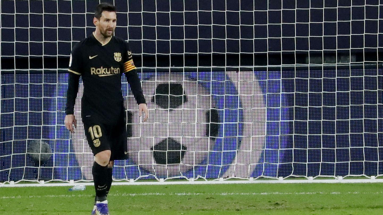 Messi, cabizbajo tras la derrota. (Reuters)
