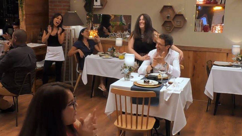 La 'actuación' de Teresita en 'First Dates'. (Cuatro)