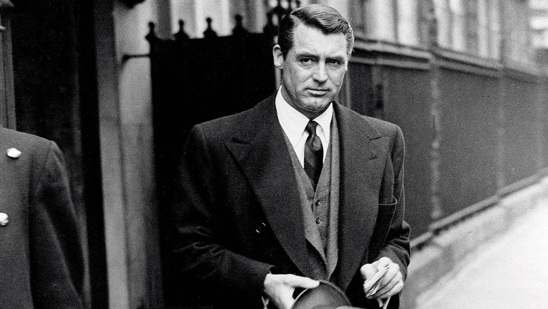 Foto: Cary Grant en Londres, el 30 de abril de 1946, antes de viajar a Bristol para visitar a su madre.