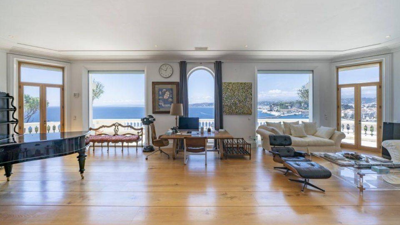 Amplio salón con vistas. (Top Ten Real State Deals)