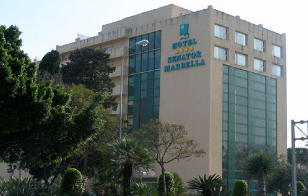 El Hotel Senator, emblema de la corrupción marbellí, sigue en pie gracias a Arenas