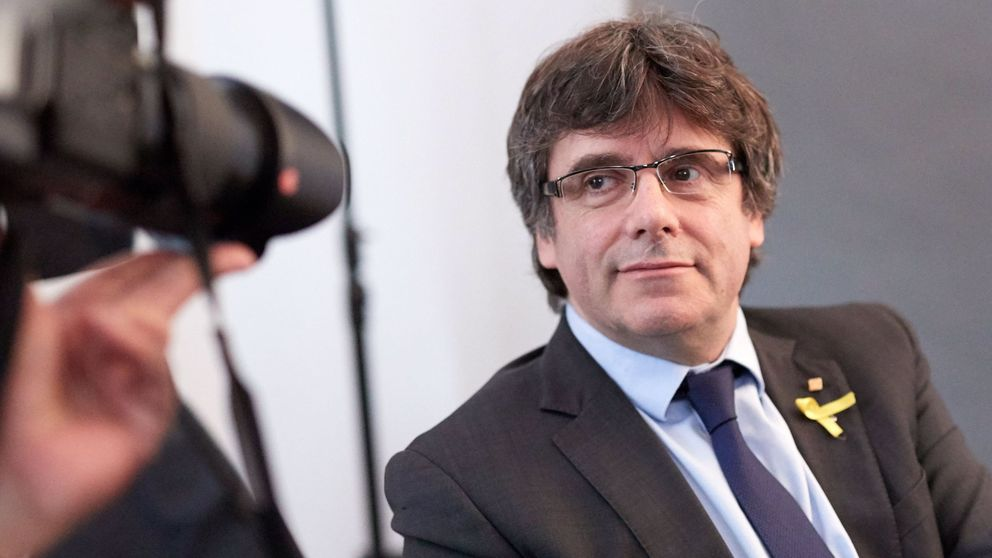 Puigdemont: Solo los débiles encarcelan a los rivales políticos