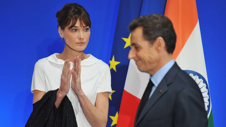 Bruni y Sarkozy, durante una visita a la India en 2010. (Getty)