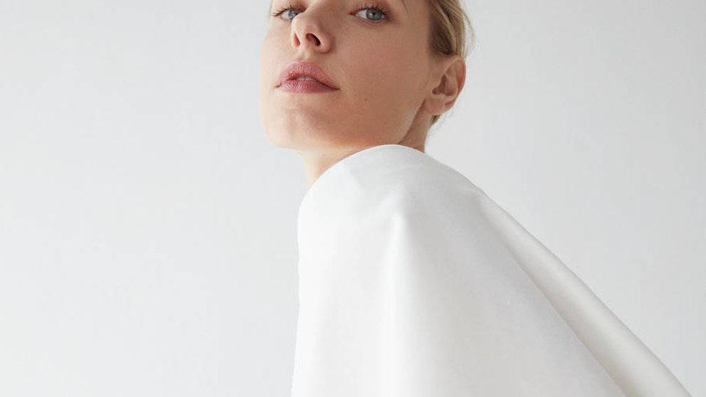 Uterqüe ha creado el dos piezas perfecto para las novias que dicen sí al pantalón