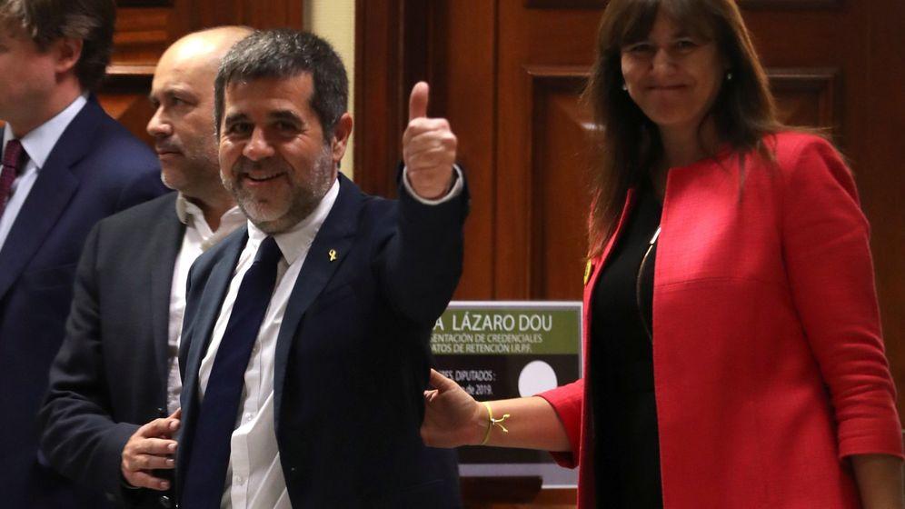 Foto: Jordi Sànchez, a su llegada al Congreso. (EFE)