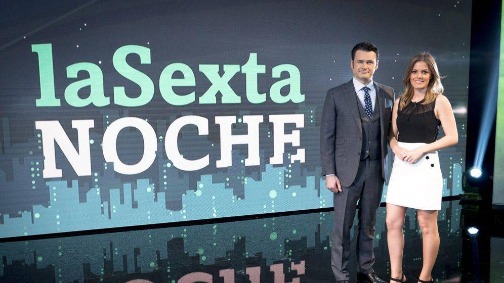 Foto: Iñaki López y Andrea Ropero, conductores de ´La Sexta noche´. Atresmedia